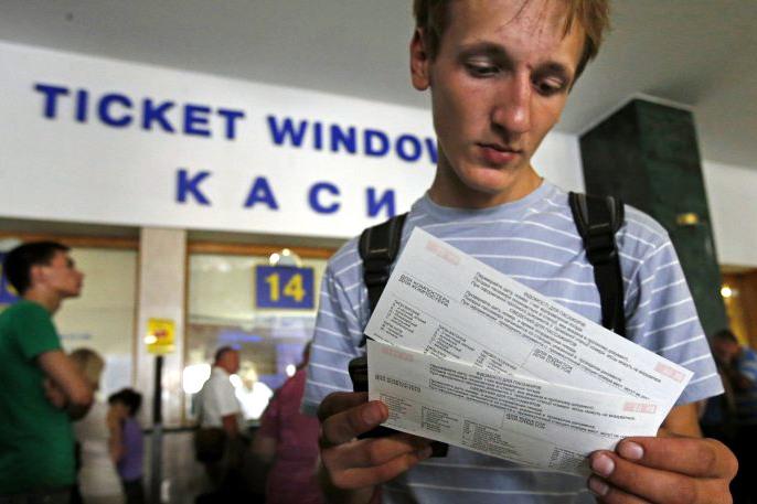 Укрзализныця активно лоббирует в Мининфраструктуры повышение цены на проезд в поездах, но пока неудачно