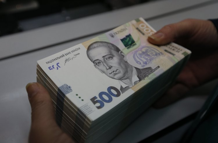 """Многомиллионый долг """"Укрзализныцы"""" хотят продать кулуарно"""