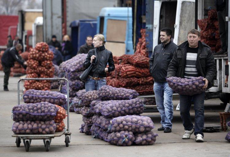 Правительство предлагает изменить перечень товаров и услуг для населения во исполнение закона о прожиточном минимуме