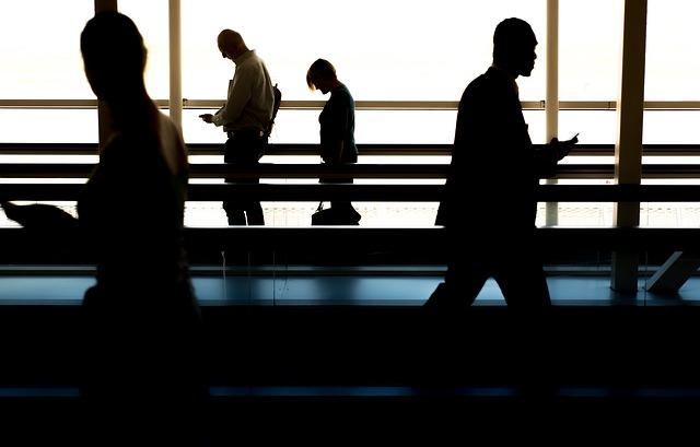 В Раду внесены законопроекты, призванные взять под контроль оборот торговли