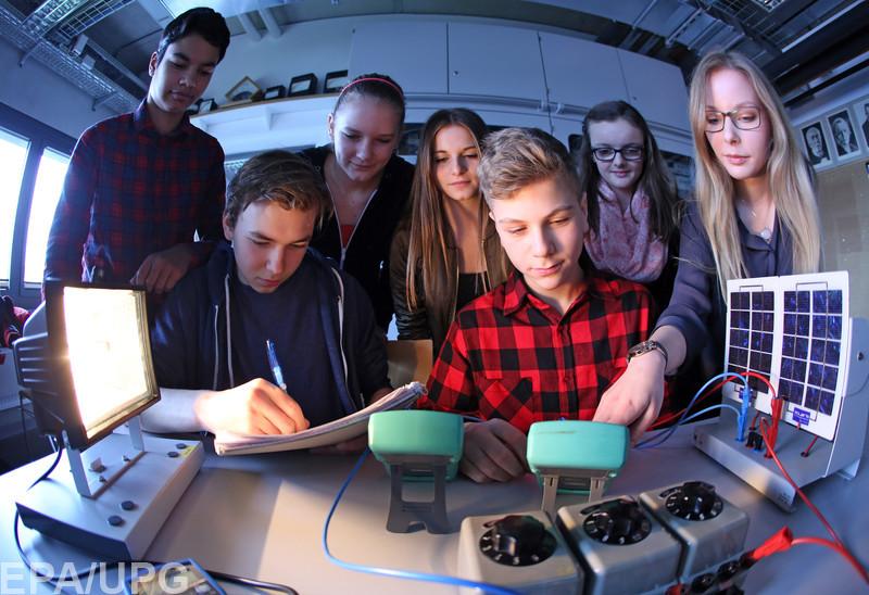 Как получают стипендии студенты в США, Франции, Германии и Польше