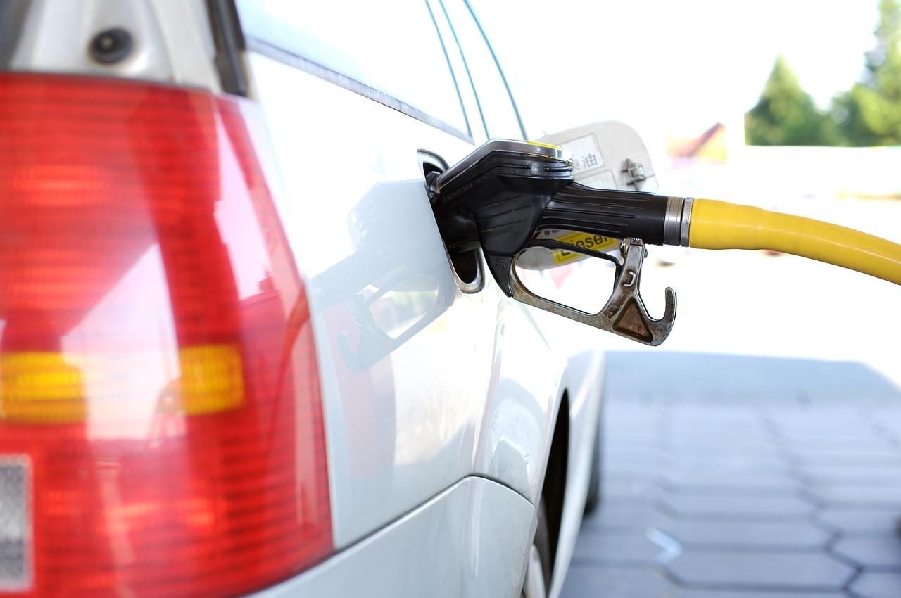 Долгосрочный прогноз цен на нефтепродукты крайне затруднен