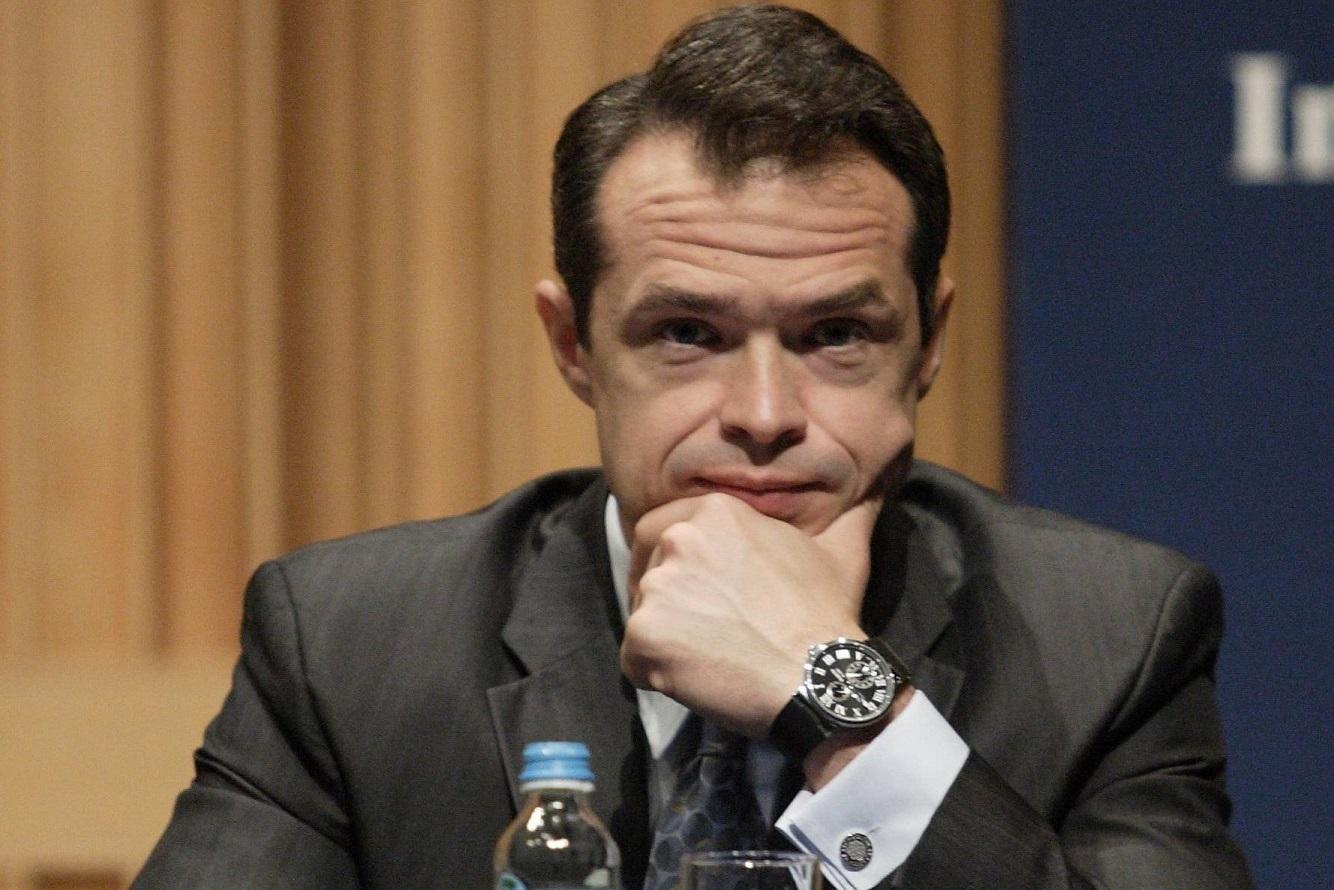 В Украину пригласили любителя дорогих часов – экс-министра транспорта Польши Славомира Новака