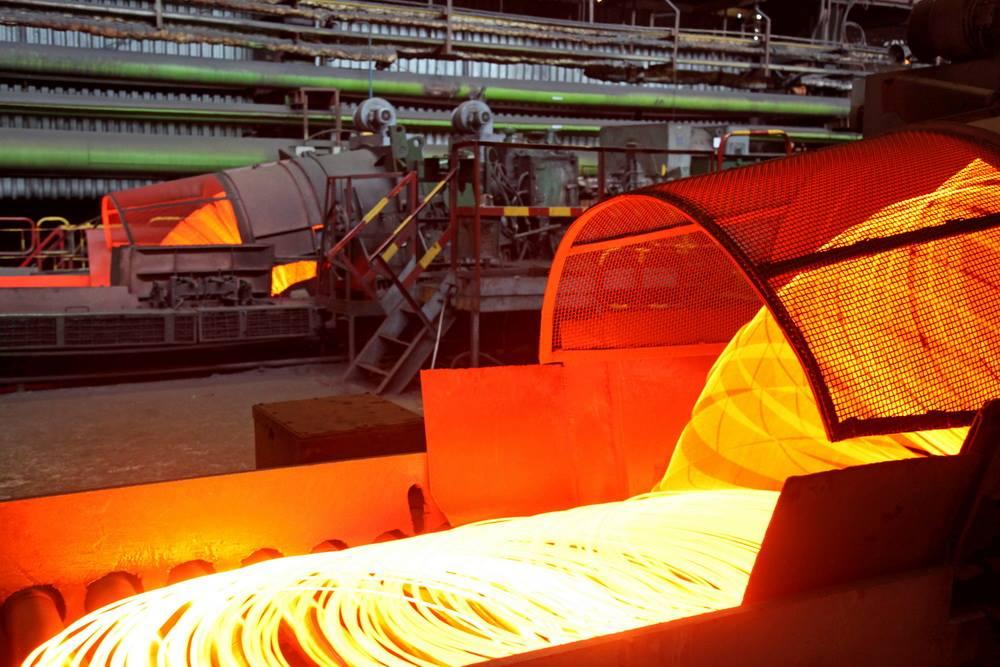 Экспортеры металлургической продукции в Украине остаются заметными поставщиками валюты на внутренний рынок