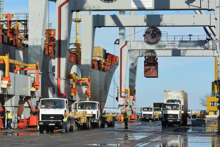 Депутаты предлагают создать экспортно-кредитное агентство, но МЭРТ настаивает на экспортно-страховом